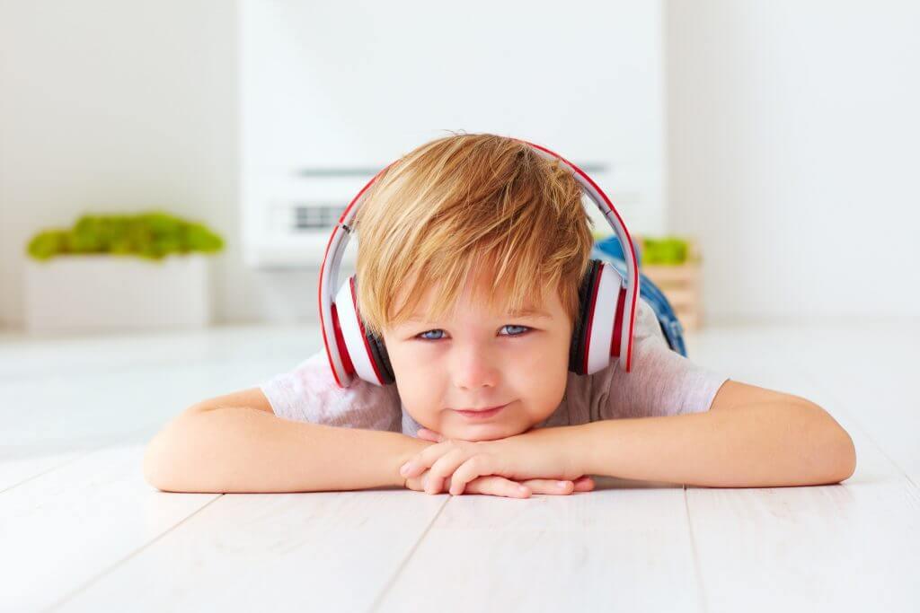 trenieng sluchowy